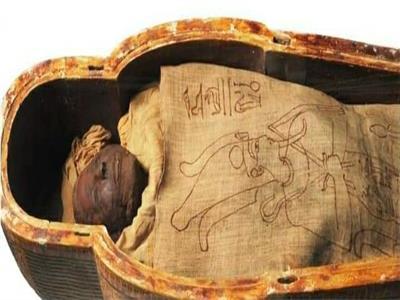 «المومياء البدينة»..  ماسحرتي القائد الأعلى للجيش الفرعوني