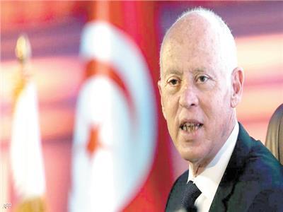 رئيس تونس يحذر من مخاطر تقسيم الدولة