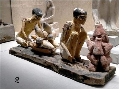 متحف شرم الشيخ يعرض ٣ أيقونات أثرية تعبر عن عيد للعمال.. صور