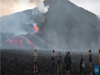 مواطنون بجواتيمالا يستغيثون بالله من «بركان باكايا» | فيديو