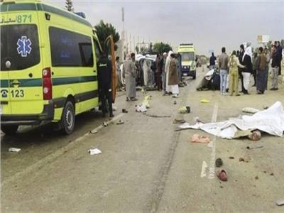 إصابة 5 أشخاص من أسرة واحدة في تصادم بإدكو