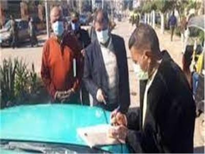 265 محضرا لمواطنين لم يلتزموا بارتداء الكمامات في بني سويف