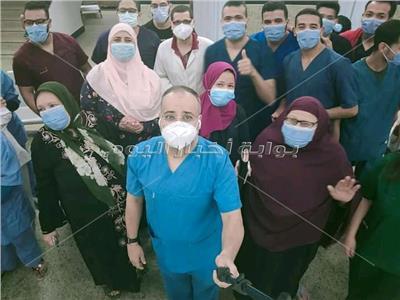 شفاء وخروج ١٢ حالة من مستشفى عزل أبوتيج في أسيوط   صور