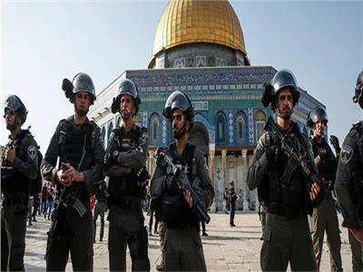 الوطن العمانية تنتقد موقف المجتمع الدولي من قرار إسرائيل بقصف المدارس
