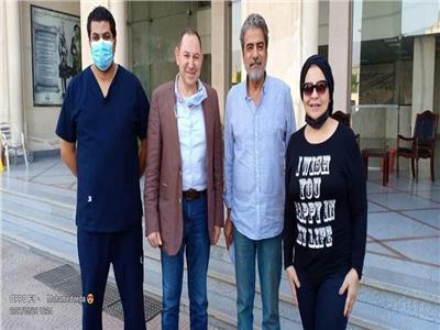 الفنانة فاطمة الكاشف تغادر المستشفى بعد سلبية مسحة كورونا