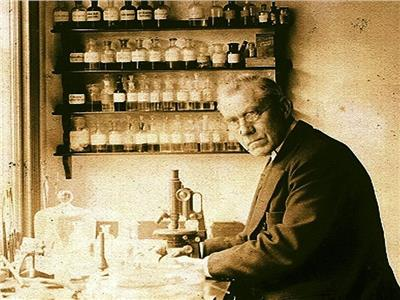 حكايات  ديمتري إيفانوفسكي.. أول مكتشف دلائل وجود الفيروسات بالعالم
