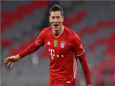ليفاندوفسكي أفضل لاعب في الدوري الألماني