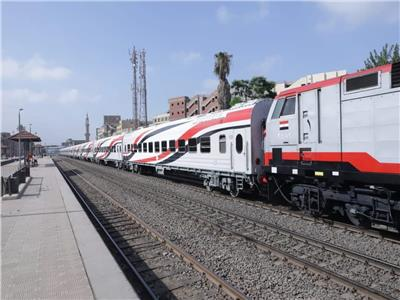«السكة الحديد»: عودة حركة قطارات الوجه البحري خلال ساعة بعد رفع «قطار بنها»