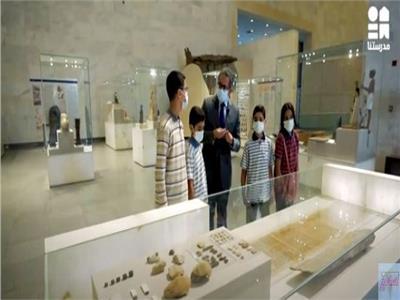 جولة لوزير السياحة مع طلاب المدارس بمتحف الحضارة المصرية