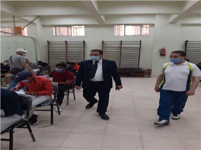 نائب رئيس «الأزهر» يتفقد لجان امتحانات «التربية الرياضية» بالقاهرة