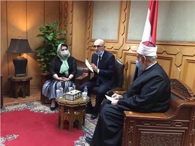 وكيل الأزهر يستقبل ممثل المجلس الأعلى لحقوق الإنسان بأوزبكستان
