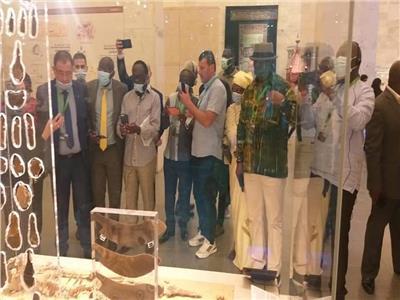 أعضاء منظمة المدن والحكومات المحلية يزورون المتحف القومي للحضارة