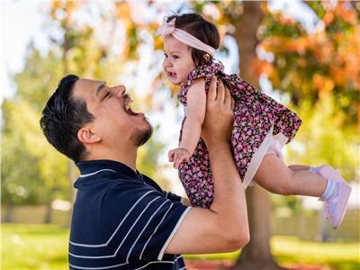 حكايات  بعد محاولات للحمل.. حادث مأساوي يحول شاب لـ«أب وأم معا»
