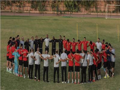 شاهد | الأهلي يصل ملعب محمد الخامس استعدادًا للنهائى الأفريقي