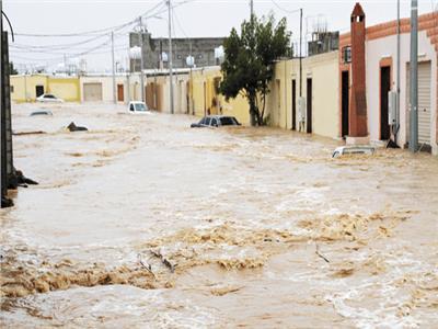 سيول جارفة تجتاح السعودية.. وانهيار سدين فى الصين بسبب الأمطار