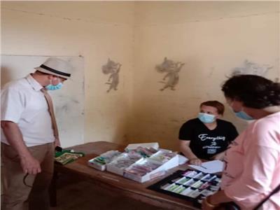 الكشف على ٣٧٩ مواطنا خلال قافلة طبية بكفر الدوار