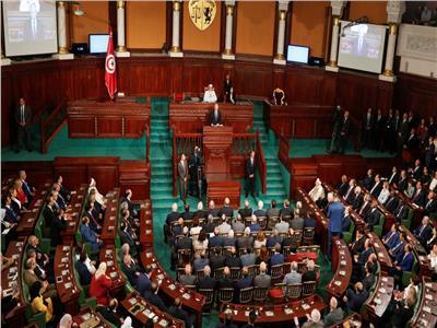 إغلاق الطرق المؤدية إلى البرلمان التونسي