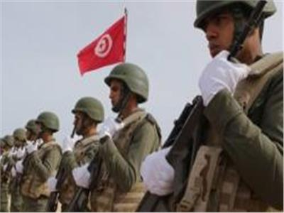 الجيش التونسي يتمركز حول مقر وزارة الداخلية