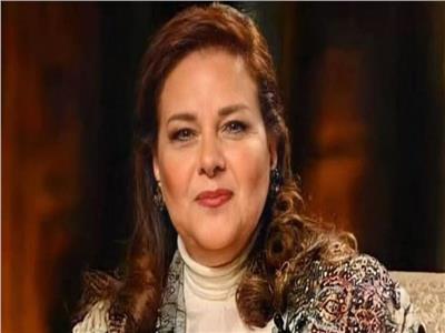 «طلبت تكلمني».. عمرو سعد يكشف تفاصيل جديدة عن الحالة الصحية لدلال عبد العزيز