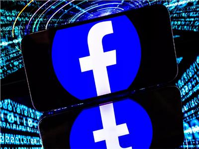 فيسبوك تُحذر من تباطؤ نمو الإيرادات وسط محاربة الأخبار المزيفة