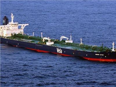 استهداف سفينة إسرائيلية فى خليج عمان بهجوم غامض