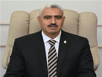 من هو محمد أبو الغار القائم بأعمال رئيس جامعة الفيوم؟