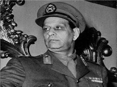 أطول رئيس لـ«الزمالك».. حمل كسوة الكعبة وشاهد «السداسية» في الأهلي