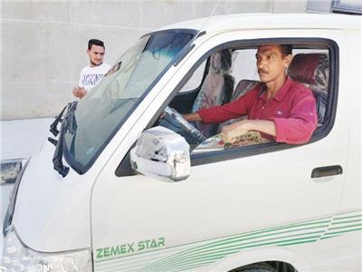وزير المالية: نستهدف تسليم 300 سيارة ميكروباص شهريًا
