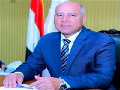 الوزير يبحث مع «التنمية الأفريقي» التعاون الاستثماري فى طريق الصعيد الغربي