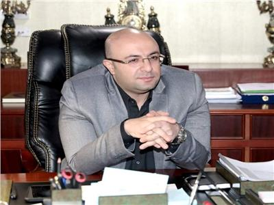 استجابة لمطالبالمواطنين.. تركيب مطبات صناعية في شوارع مدينة بني سويف