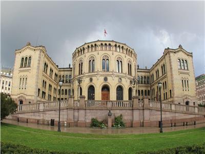 اليسار يفوز بالانتخابات التشريعية النرويجية