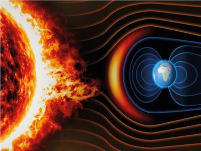 علماء يحذرون من انعكاس المجال المغناطيسي للأرض