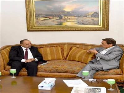 «كرم جبر»: العلاقات «المصرية- الأردنية» تدعمها مظلة سياسية متفاهمة