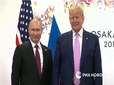 بوتين اصطحب مترجمة حسناء كي يشتت انتباه ترامب