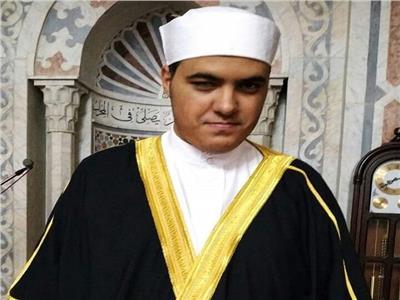 حكايات| «فراشة» مساجد بورسعيد.. «محسن» يتحدى الإعاقة بأذان ملائكي