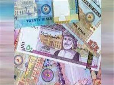 الدينار الكويتي يسجل 49.24 جنيه في ختام تعاملات اليوم
