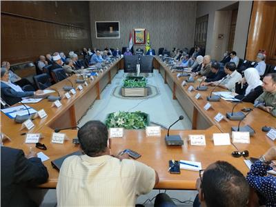 تنفيذي شمال سيناء يؤكد على استعداد المحافظة لموسم السيول والأمطار