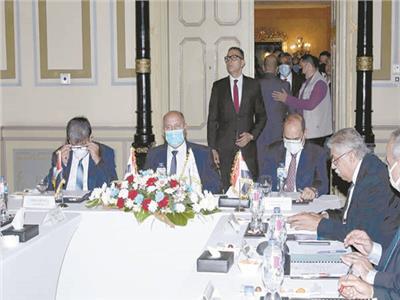 الوزير: زيادة التعاون مع الأردن والعراق