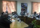 وزير التنمية المحلية يجتمع بمحافظ الوادي الجديد والقيادات الشعبية