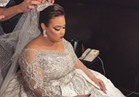 """الصور الأولى لـ""""ويزو"""" بفستان الزفاف"""