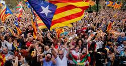 عقب ظهور نتيجة الانتخابات بكتالونيا  الأحزاب الانفصالية ترد الهزيمة لحكومة مدريد