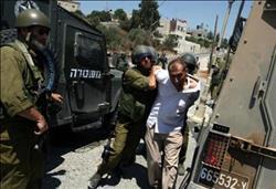الاحتلال يعتقل مسنًا يحمل لعبة بلاستيكية لحفيده على شكل مسدس!