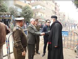 مدير أمن المنيا يفاجئ قوات تأمين كنائس مطاى وبنى مزار