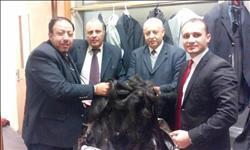 سقوط مهرب «الشعر الطبيعي» بمطار القاهرة