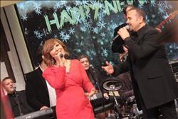 لميس الحديدي تحتفل بليلة رأس السنة مع هشام عباس