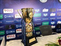 اللجنة المنظمة للسوبر تكشف عن كأس البطولة لأول مرة