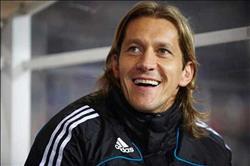 نجم ريال مدريد السابق يساند الأهلي في لقاء السوبر