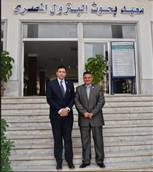 بحث التعاون المشترك بين معهد بحوث البترول ومؤسسة المنجزين العرب