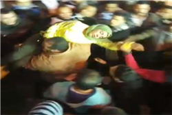 «مولد الحسين».. عندما يكون «الإغماء» «سيد الموقف» |فيديو
