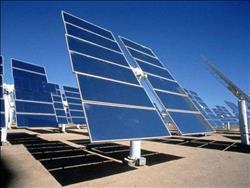 """شركة أمريكية تدخل """"المتتبع الذكي"""" في أكبر محطة للطاقة الشمسية في العالم بأسوان"""